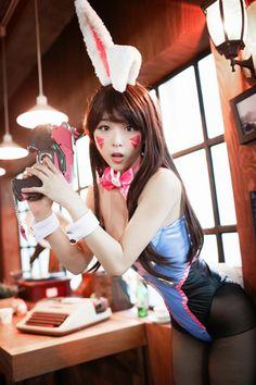 D.Va from Overwatch by Yohan @ worldcosplay.net/en/member/106881 - More at https://pinterest.com/supergirlsart #yohancosplay #hot #sexy #cosplay #girl #cosplaygirl #dva #bunny