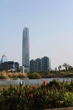 PRIMER DESTINO: SANTIAGO DE CHILE. Asia City, Interesting Buildings, Holiday Destinations, Holiday Travel, Where To Go, South America, New York Skyline, Tourism, Places To Visit