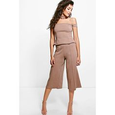 Boohoo Evelyn Pintuck Crop Trouser ($20) ❤ liked on Polyvore featuring pants, capris, mocha, wide-leg trousers, cropped palazzo pants, wide leg cropped pants, white wide leg trousers and basic t shirt