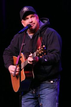 Garth Brooks @ the Wynn Las Vegas-amazing show. So happy we were able to see him before he ended it!