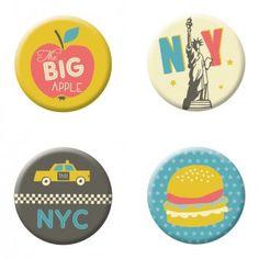 moses. Verlag Fernweh Magnete New York 4er-Set | design3000.de Design3000, Shops, New York, Decorative Plates, Nyc, Apple, Home Decor, Gifts Under 10, Magnets