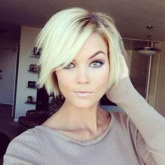 25. #Blunt Blonde - 50 Adorable #Short Haircuts ... → Hair #Adorable