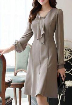 Pearl Accent Ruffle Tie Dress – vestidos dress vintage dress aesthetic dress Vintage is never as old … Trendy Dresses, Elegant Dresses, Cute Dresses, Vintage Dresses, Casual Dresses, Dresses For Work, Dresses Dresses, Summer Dresses, Formal Dresses