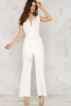Our list of the top 10 wedding jumpsuits for the modern bride.