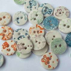 Handmade ceramic round buttons - pack of 5