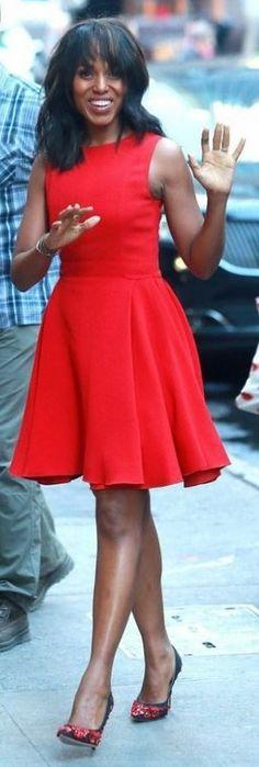 Kerry Washington: Dress – Giambattista Valli  Shoes – Paul Andrew