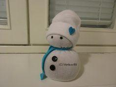 Venlan maailma: Lumiukko sukasta