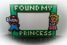 Super Mario & Peach Photo frame bead sprite by GeekofMine on Etsy, kr194.00