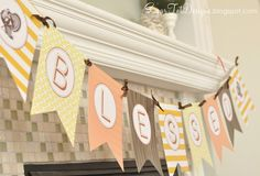 22 Thanksgiving projects that are easy DIY projects. These include cute Thanksgiving tables ideas, banners, kid ideas, ideas for the mantel, a fall wreath and so much more.