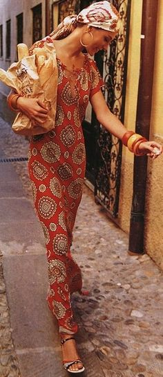 The act of looking natural and relaxed...it appears to be a common bohemian theme. Love the print and the spirit.