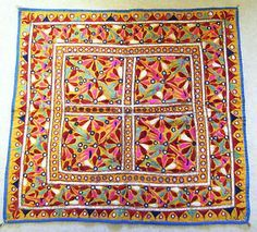 VINTAGE HAND EMBROIDERED INDIAN KUTCH TRADITIONAL MIRRORED WALL HANGING TEXTILE