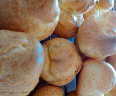 Pasta choux recien horneada