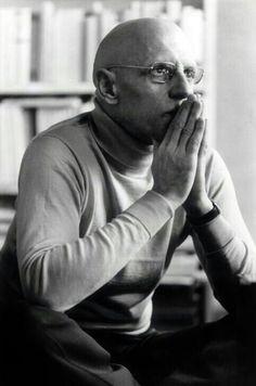 Michel Foucault...pensar una sociedad que renuncie al poder de castigar es,  simplemente,  el orden de la utopía