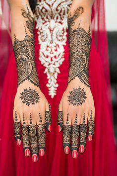 henna Mehandi, so many spirals!