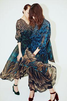 Alena Akhmadullina Fall 2017 Ready-to-Wear Collection Photos - Vogue