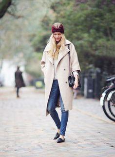 Beige coat & jeans (via Bloglovin.com )