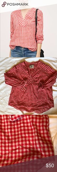 Anthro Holding Horses women's Red Devon Popover This Holding Horses for Anthropologie is so soft. It is a beautiful red coloring.  In excellent condition. Anthropologie Tops Blouses