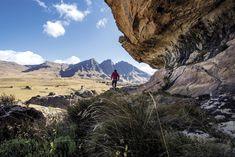 Lesotho: Land van verlatenheid Happy Holidays, Mount Everest, Van, Spaces, Mountains, Nature, Travel, Viajes, Vans