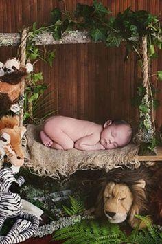 PRZ109 Jungle Swing Newborn Baby Poser Prop