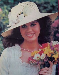 Marie Osmond - marie pictures 001 - Osmondheaven Photo Gallery - My Personal Collection of Osmond Memorabilia Osmond Family, The Osmonds, Marie Osmond, Music Like, Best Memories, Hyde, Hats For Women, Photo Galleries, Hollywood