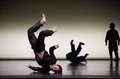 Photo de danse – Sidi Larbi Cherkaoui, Tezuka