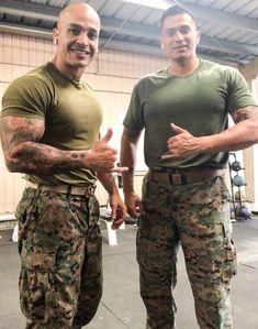 Hot Army Men, Sexy Military Men, Marine Special Forces, Male Model Names, Hot Men Bodies, Hot Cops, Us Marine Corps, Men Hiking, Men In Uniform