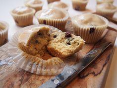 Blueberry muffins with lemon glaze - Cakeplease