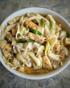 Resep masakan sederhana menu sehari-hari istimewa Mushroom Recipes, Vegetable Recipes, Vegetarian Recipes, Cooking Recipes, Indonesian Food Traditional, Seafood Recipes, Chicken Recipes, Mie Goreng, Malay Food