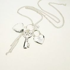 $4.79 Elegant Style Key and Heart Shape Pendants Embellished Women's Necklace