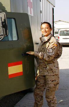 Cuánto manda la mujer en las Fuerzas Armadas?