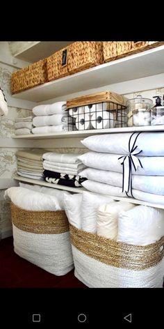 58 ideas for bathroom closet organization diy bedrooms Bathroom Closet Organization, Home Organisation, Closet Storage, Diy Organization, Bathroom Storage, Small Bathroom, Organizing Ideas, Organize Bathroom Closet, Diy Bathroom