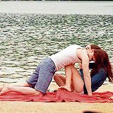 Rob & Kristen filming scenes on the beach. This GIF is working!