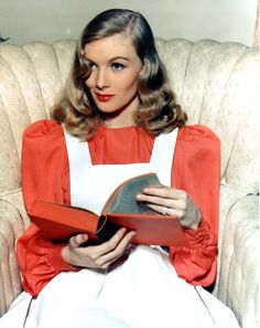 Veronica Lake flipping through a good read [1940s]