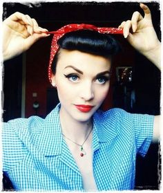 Rosie the riveter - pin up