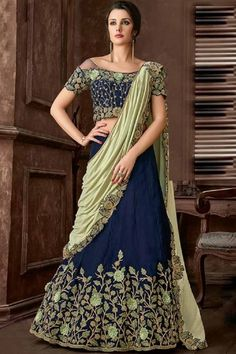 Rich look attire to give your a right choice for any party or function. All of this accenting the feminine beauty and with this navy blue velvet designer lehenga style saree. Lehenga Anarkali, Brocade Lehenga, Lehenga Style Saree, Green Lehenga, Party Wear Lehenga, Bridal Lehenga, Saree Wedding, Floral Lehenga, Indian