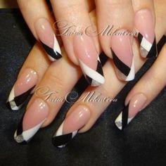 Black and white nails Frensh Nails, Get Nails, Fancy Nails, Hair And Nails, Glitter Nails, Silver Glitter, Acrylic Nails, Silver Nails, White Nails