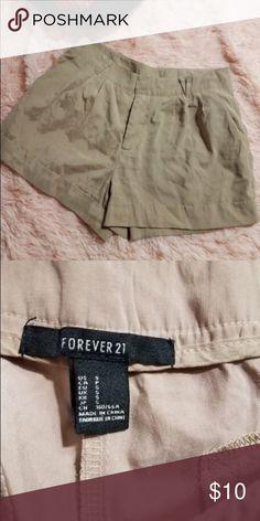 Courtnay Women's Size 6 Khaki Green Dress Shorts | The o'jays ...