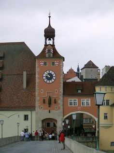 Regensburg Clock Tower - Entrance to Regensburg from Stone Bridge