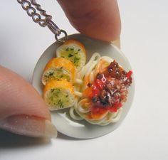 Comida espaguetis boloñesa colgante, joyería de comida miniatura, Spaghetti collar, Mini comida, comida italiana joyería, collar de boloñesa