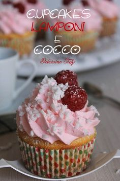 Sweet Cupcakes, Love Cupcakes, Cupcake Frosting, Cupcake Cakes, Cap Cake, Cake Recipes, Dessert Recipes, Winter Treats, Yummy Food