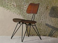 Pair of chairs Design Gio Ponti   From a unique collection of antique and modern side chairs at https://www.1stdibs.com/furniture/seating/side-chairs/