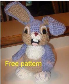 Mesmerizing Crochet an Amigurumi Rabbit Ideas. Lovely Crochet an Amigurumi Rabbit Ideas. Easter Crochet, Crochet For Kids, Crochet Crafts, Crochet Projects, Free Crochet, Crochet Patterns Amigurumi, Crochet Dolls, Crochet Disney, Crochet Decrease