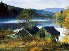 Шотландия. Лодочная станция, Англия, Европа, озеро, осень, пейзажи, природа 1600х1200