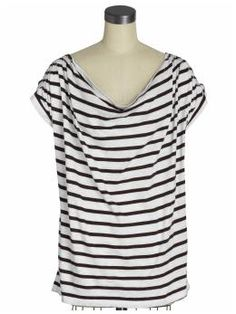 Black striped tshirt