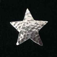 Star pin by wwwmadebycaroline on Etsy