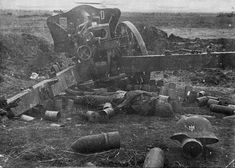 Destroyed german artillery in the Crimean front. Tank Destroyer, Ww2 Tanks, World Of Tanks, German Army, World War Ii, Wwii, Military, History, Cannon