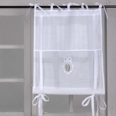 Kitchen Curtain. Idea for DIY. White, Grey, Black, Chippy, Shabby Chic, Whitewashed, Cottage, French Country, Rustic, Swedish decor Idea. *** Repinned from    Comptoir de Maki ***.