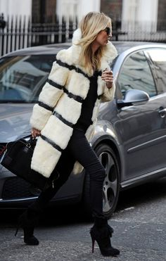 Kate Moss Street-Style - http://highfashionista.com/kate-moss-street-style/