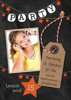 15 Jahre? Trendy Einladungskarte für Jugendliche mit Foto, Label und orangenen Sternen #EinladungGeburtstag.de