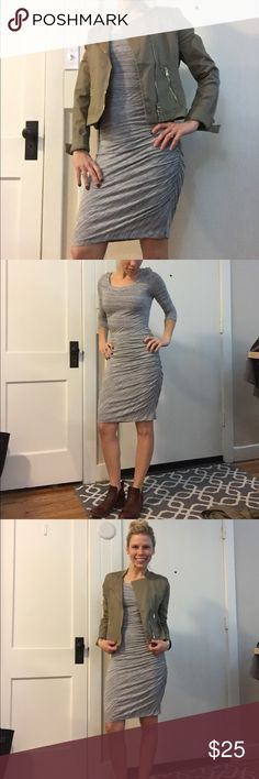 Banana Republic form fitting dress Ruched form fitting heather gray dress. 3/4 sleeve super comfy. In great condition. Banana Republic Dresses